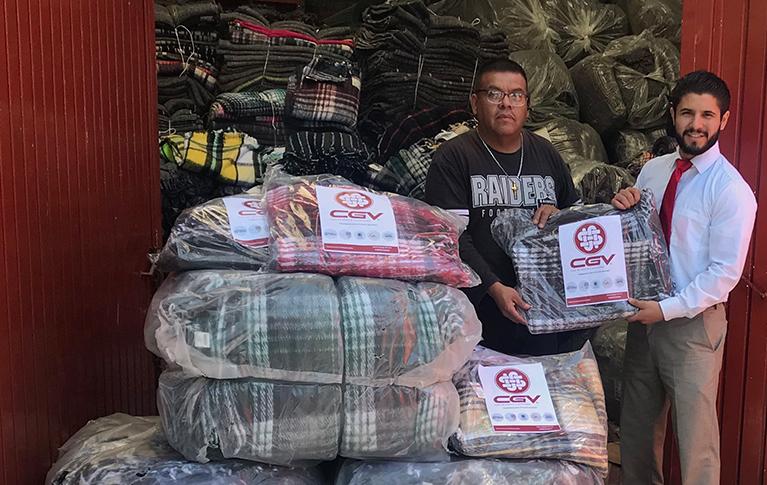 Donación de 300 cobijas al DIF de Querétaro