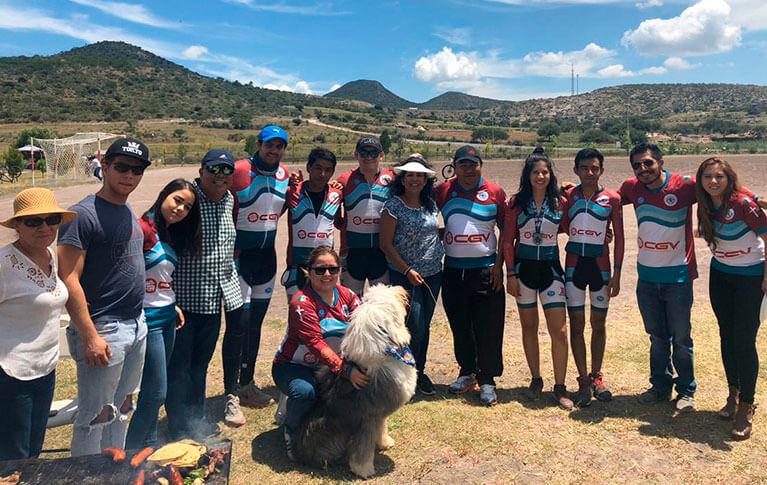 Caja CGV apoya al equipo de ciclismo de montaña: Mountain Hunters